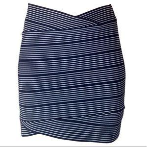Like New BCBG Alisa Bodycon Miniskirt